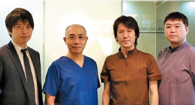 満足度の高い治療を提供する為にチーム医療を実践。 今宮理事長を中心に協力して治療にあたるドクター陣。